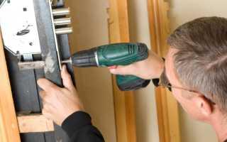 Инструкция как осуществить ремонт дверного замка своими руками в металлической двери