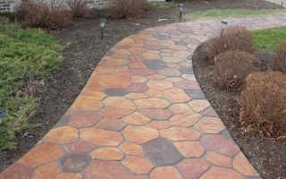 Покраска бетонных дорожек