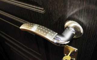 Когда устанавливать входную дверь из металла